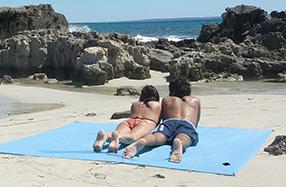 ÔBABA XXL Plus: la sábana de playa gigante que no se vuela