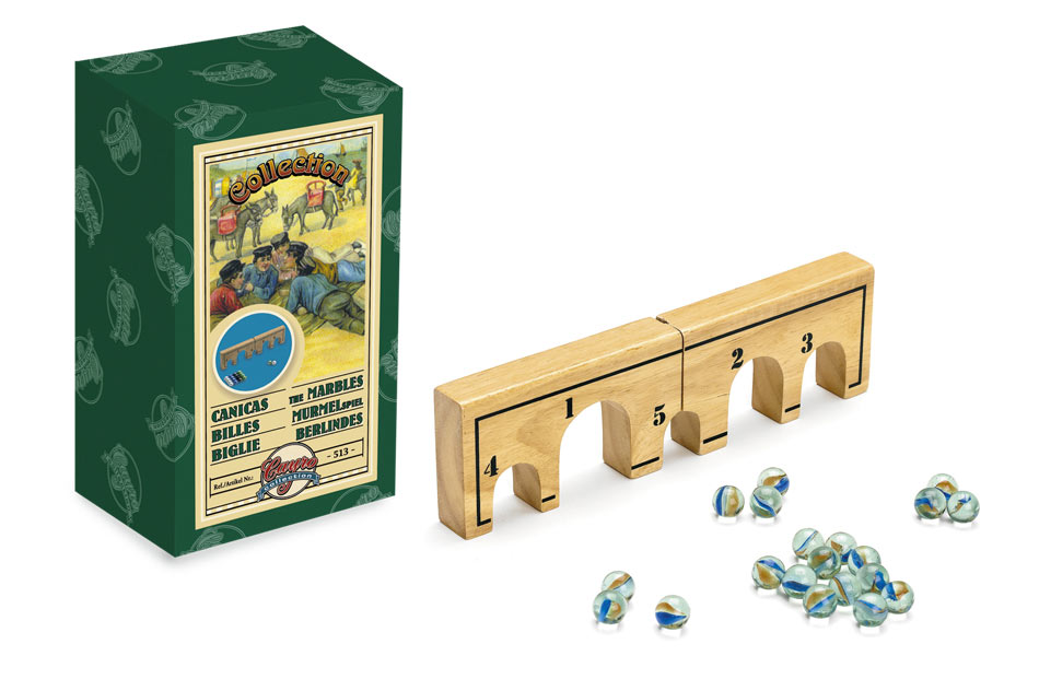 Juegos clásicos que triunfan: canicas, chapas, peonza…