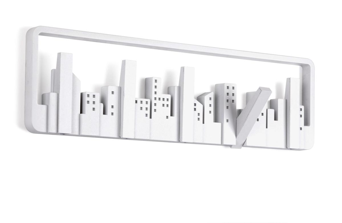 Perchero con diseño de skyline newyorkino