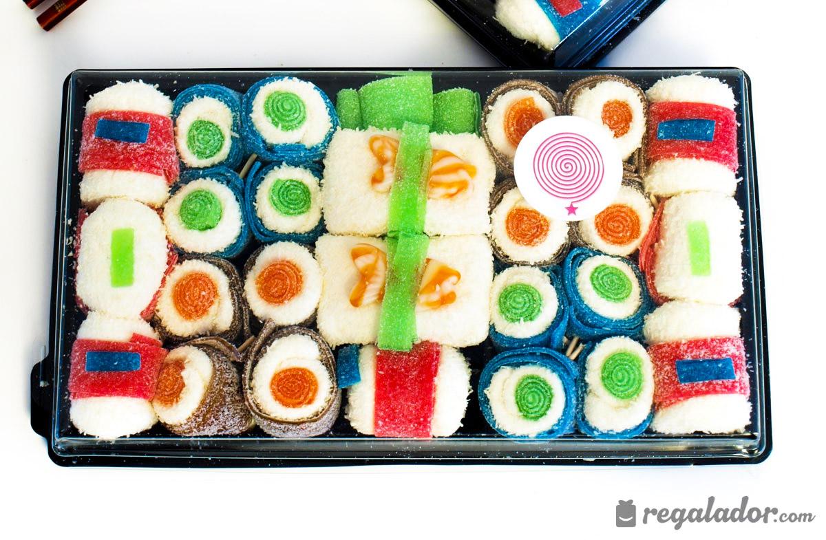 Bandeja de chuches con forma de sushi en - Bandejas para sushi ...