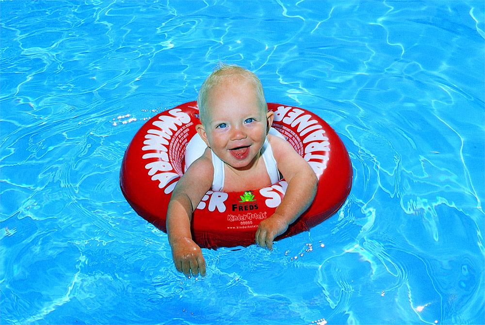 Swimtrainer: el flotador que enseña a nadar