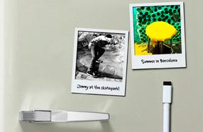 Polaframes: marcos magnéticos para convertir fotos en Polaroids