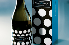 Botella de Albariño Paco & Lola  2012