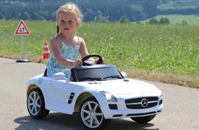 Mercedes Benz SLS AMG para niños