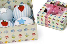 Caja de pijamitas que parecen cupcakes