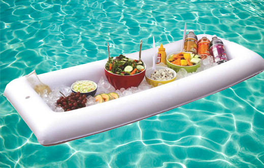 Planazos para un verano de lujo con poco presupuesto el for Auriculares para piscina