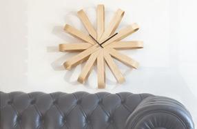 "Reloj de pared de diseño ""Ribbonwood"""