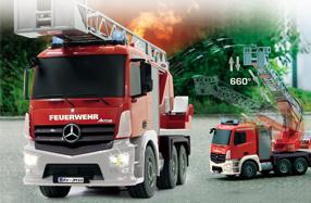 Camión de bomberos Mercedes por radio control