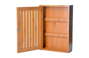 Caja de bambú para las llaves