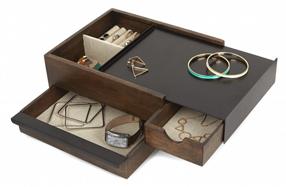 Joyero de diseño en madera de nogal