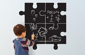 Pizarra de pared con forma de puzzle