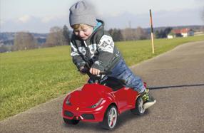 Correpasillos Ferrari para niños
