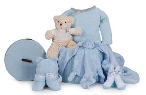 Canastilla de ropa de bebé de invierno