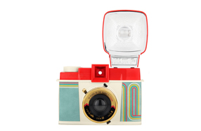 Cámara de fotos Diana F+ con Flash - Edición especial