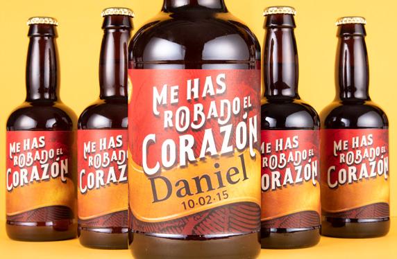 Pack de cervezas personalizadas. Modelo Corazón