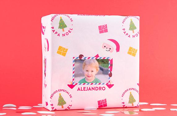 Papel de regalo personalizado modelo Papa Noel