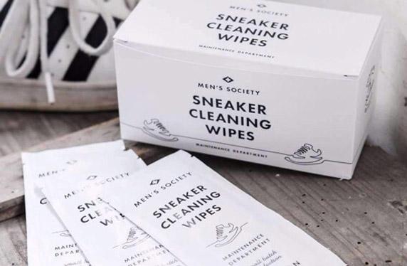 Kit para tener las zapatillas relucientes