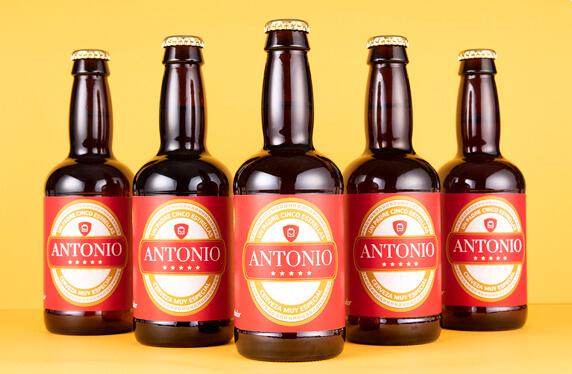Pack de cerveza personalizada Modelo Cinco Estrellas