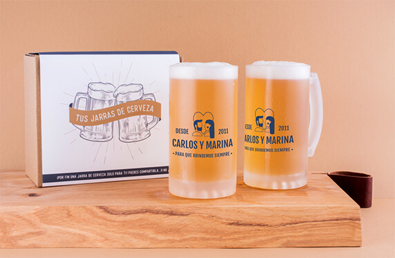 """Jarras de cerveza personalizadas """"Enamorados"""""""