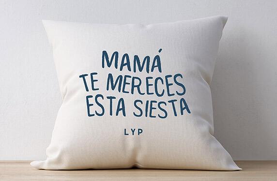 "Cojín personalizado modelo ""La siesta de mamá"""