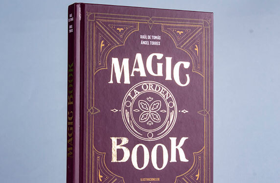 """Magic Book"", una mezcla de novela y tutoriales de magia"