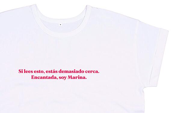 Camiseta personalizada chica. Modelo «Distancia social»