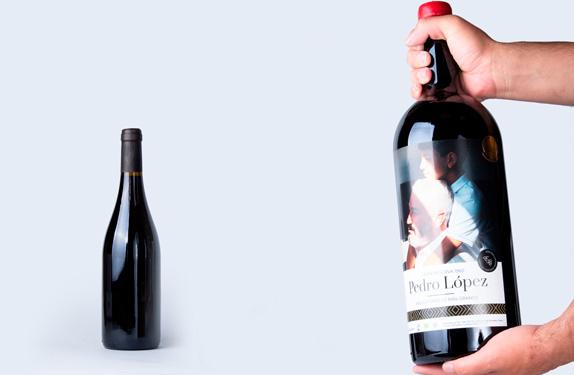 Botella XXL de vino tinto personalizado