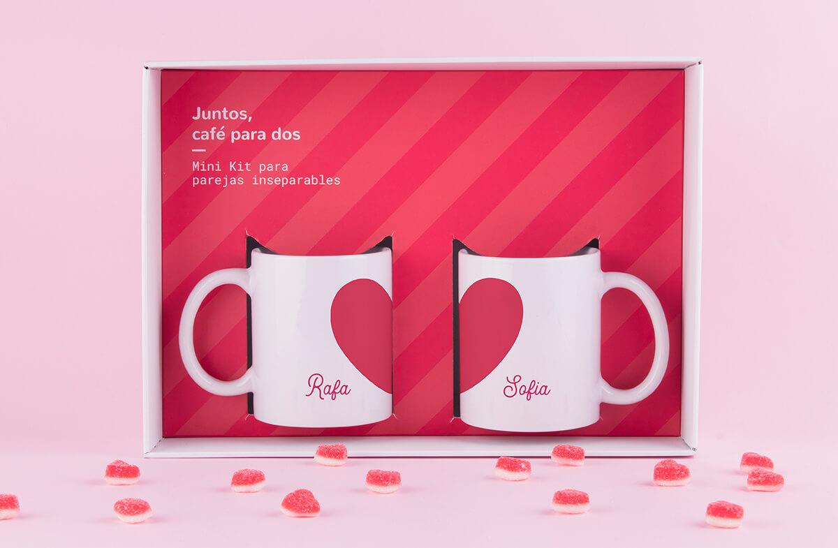 Kit de dos tazas personalizadas con corazón