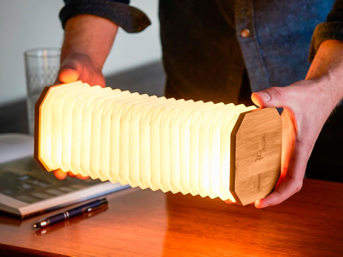 Lámpara acordeón inteligente