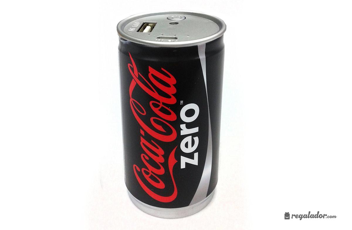 baterías con forma de latas de coca-cola en regalador