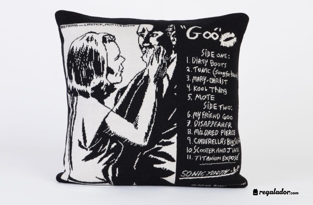 Cojines de Sonic Youth para los más rockeros