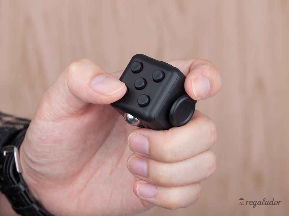 Fidget Cube: el dado antiestrés que todo el mundo quiere