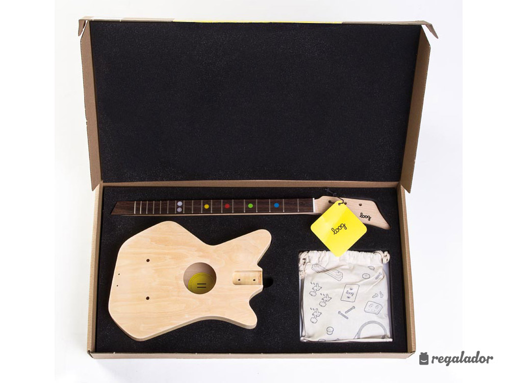 Guitarra acústica de tres cuerdas para niños