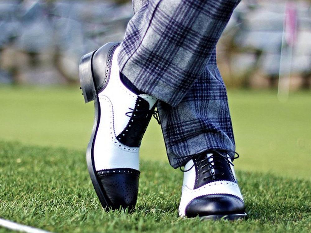 Los zapatos de hombre que diseñas tú mismo