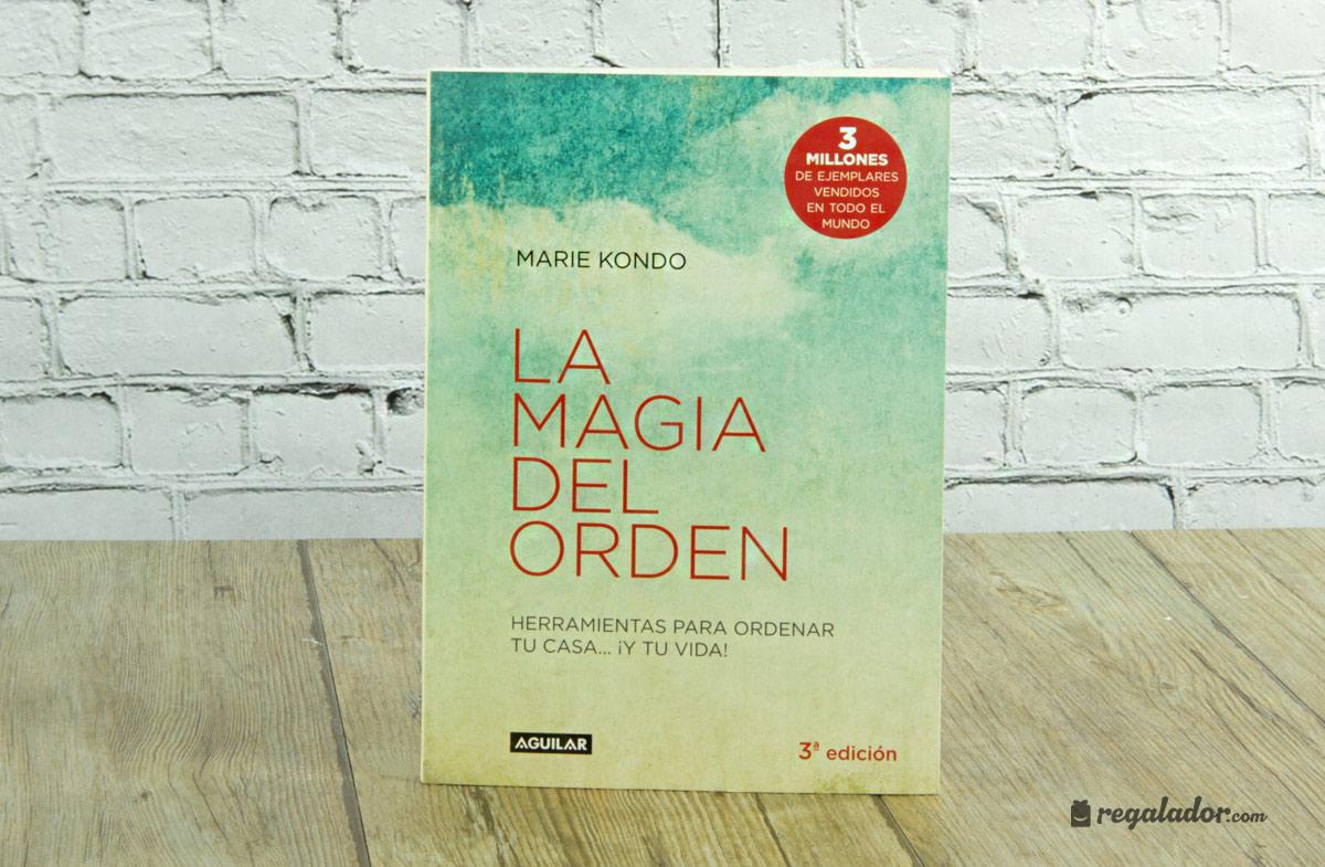 """""""La magia del orden"""": el libro para desordenados. """""""