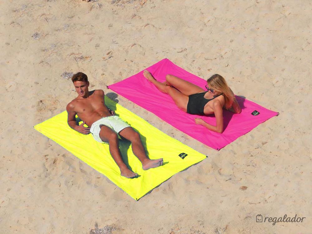 ÔBABA SOLO: la sábana de playa que no se vuela