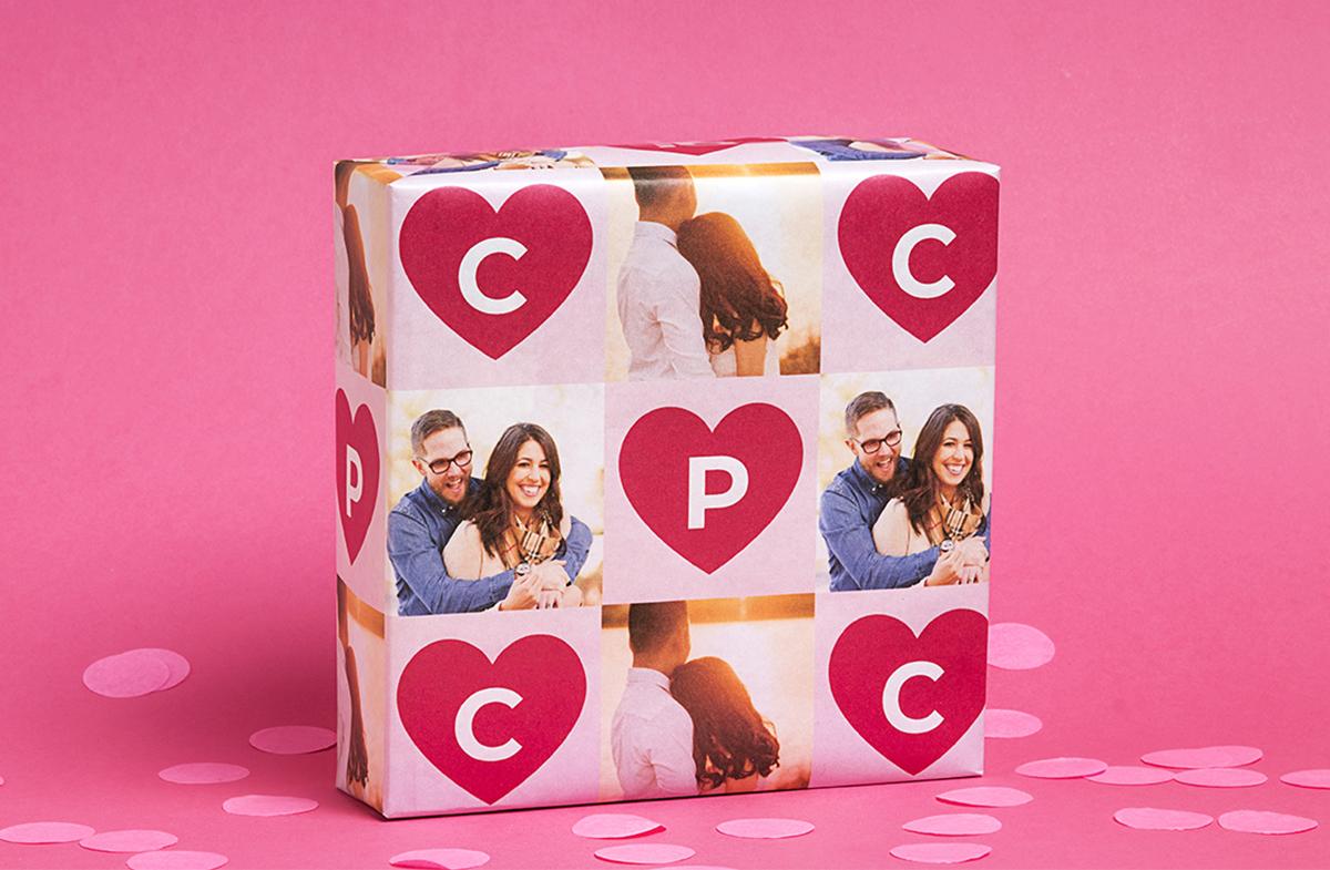 Papel de regalo personalizado modelo romántico