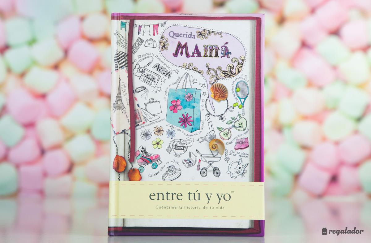 El libro personalizable para mamás queridas y sus hijos en Regalador.com