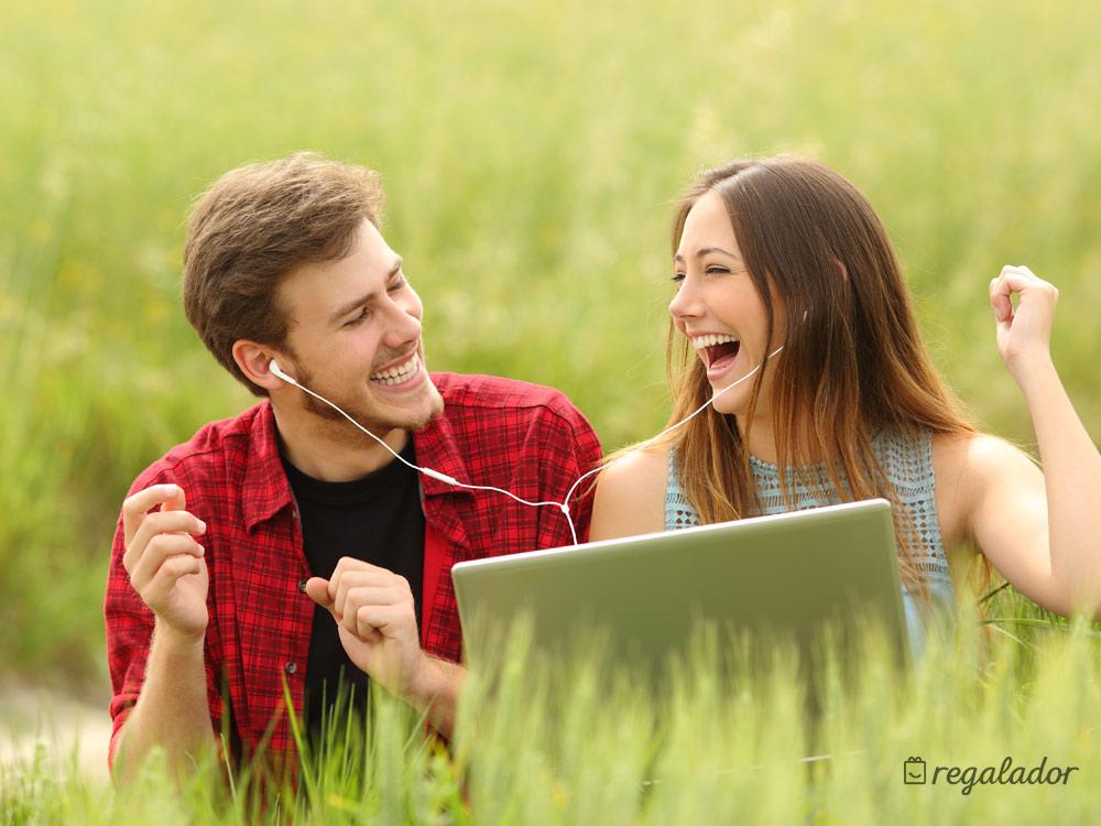 Diseña una canción para dedicar a tu pareja