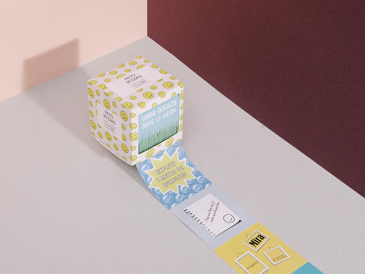 """Caja Reto en 30 días """"Felicidad"""" de Doiy"""