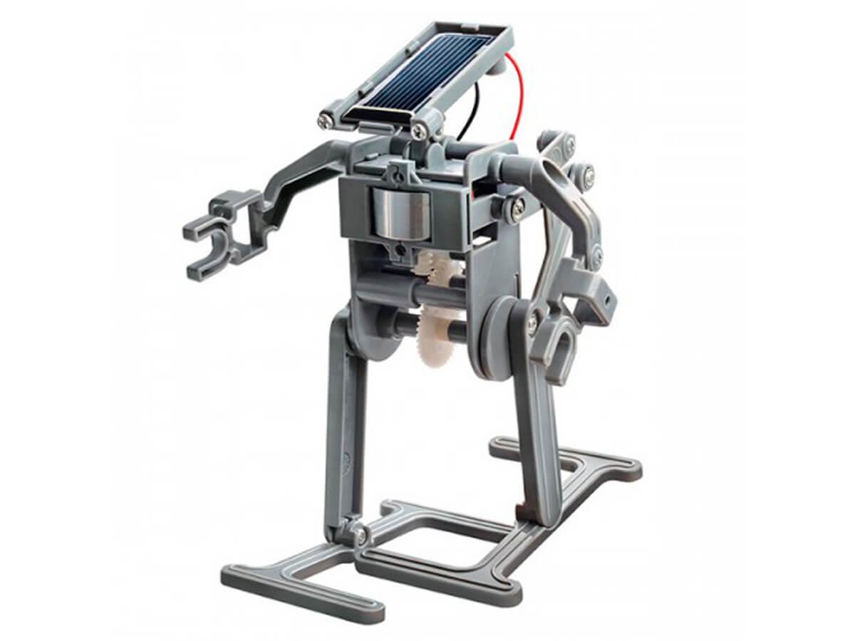 Robot que funciona con luz solar