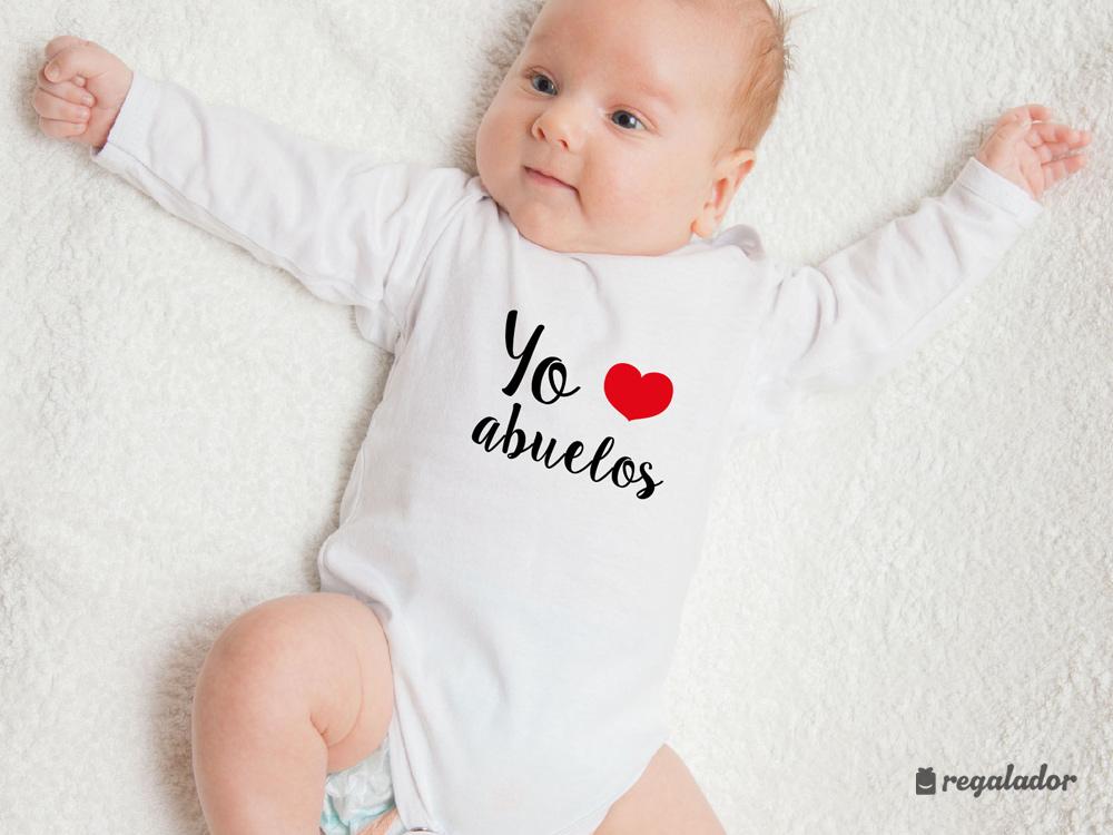 """Pack de ropita de bebé """"Yo ❤ abuelos"""" en Regalador.com d075f8f4f5c8"""