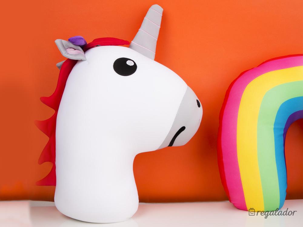 Unicornio Y Almohada Arcoiris De Viaje En Regalador Com