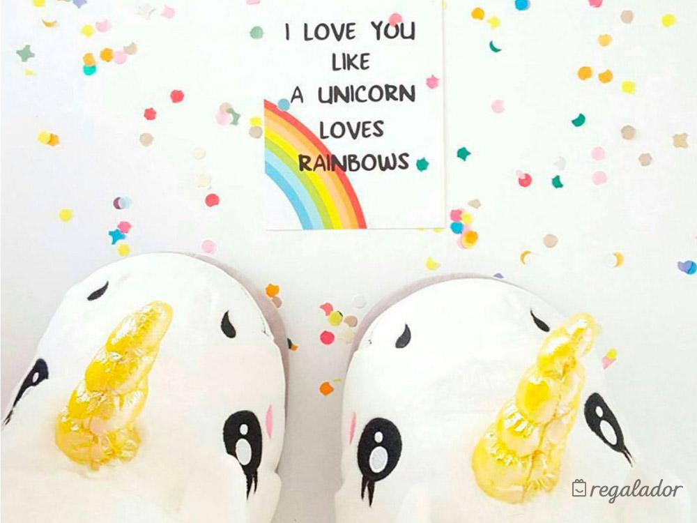 Divertidas zapatillas de unicornio